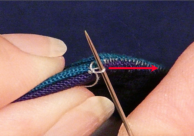 How to Knotted Thread While Hand Sewing